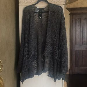 Steve Madden  charcoal gray cape with sleeves